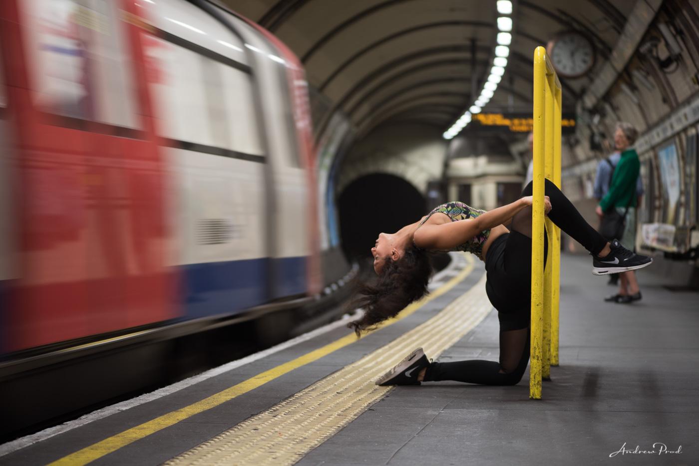 london-underground-yoga-photography