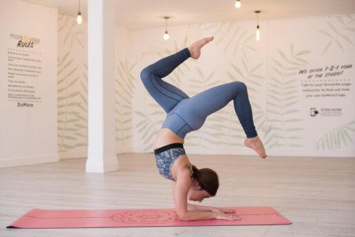 yoga lifestyle photographer